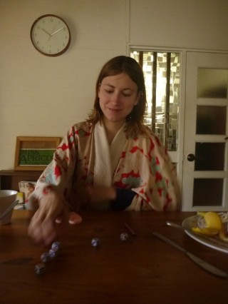 Close to Kamakura, playing zilch in kimono, Japan