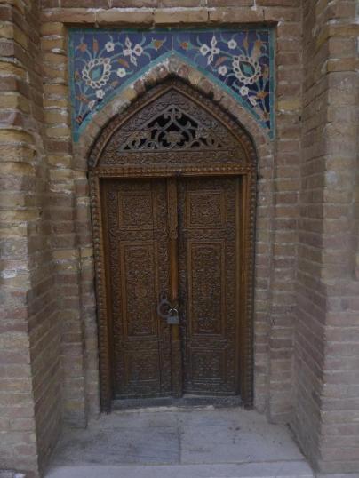 Door in Samarcand, Uzbekistan